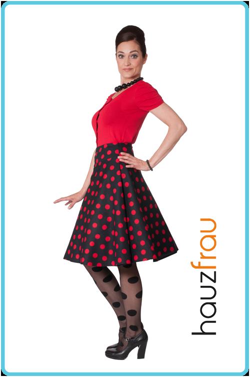 32d6de329654 Foto  Hauzfrau retro kjole og nederdele fra tidligere kollektioner. Model   Natali Vallespir Sand. Fofograf  Karen Reslter